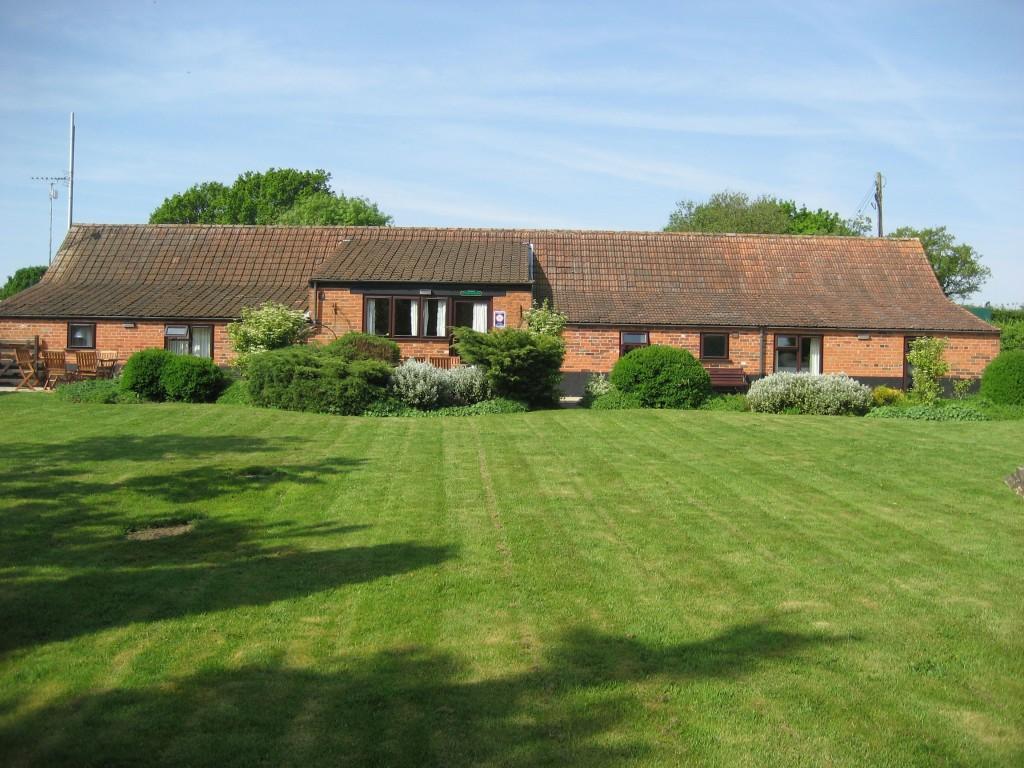 Paddocks cottages exterior image